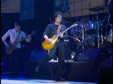 Babe I'm Gonna Leave You - Jimmy Page & Robert Plant, live