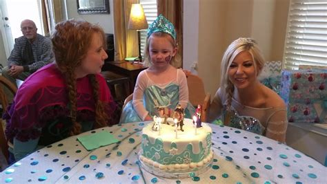 Elsa and Anna sing Happy Birthday to Evalyn - YouTube